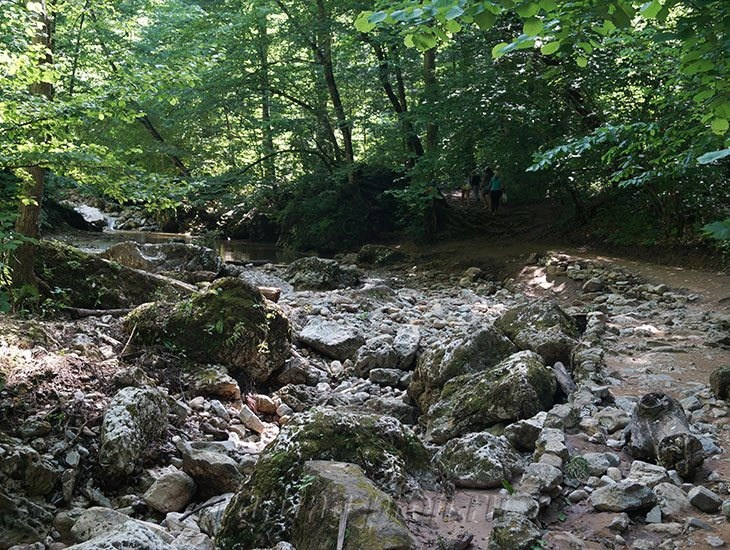 Водопады Ручья Руфабго 21