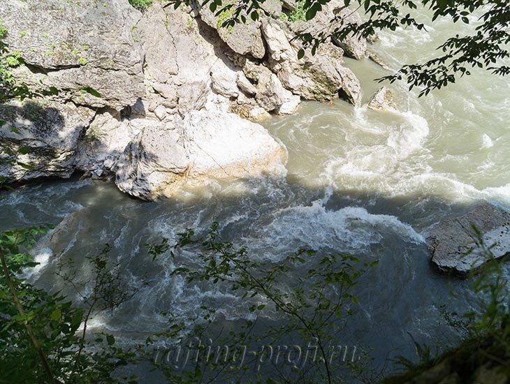 Водопады Ручья Руфабго 54