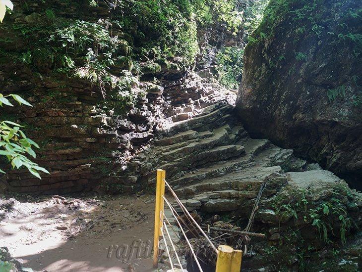 Водопады Ручья Руфабго 7