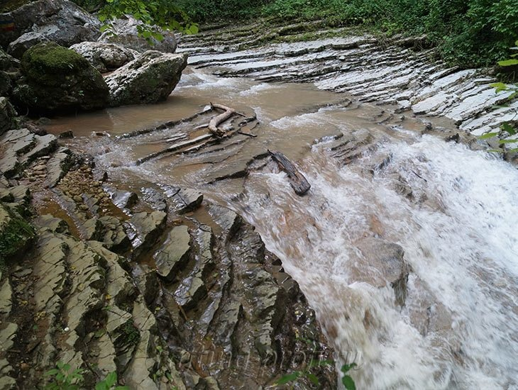 Водопады Ручья Руфабго 11