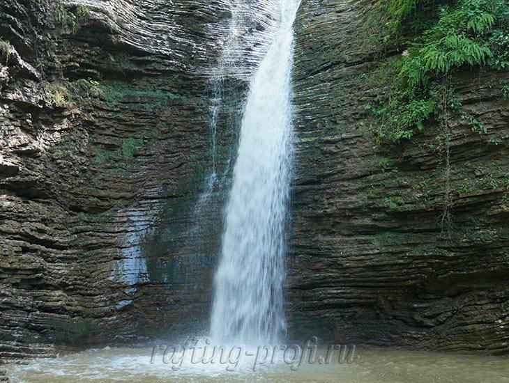 Водопады Ручья Руфабго 6