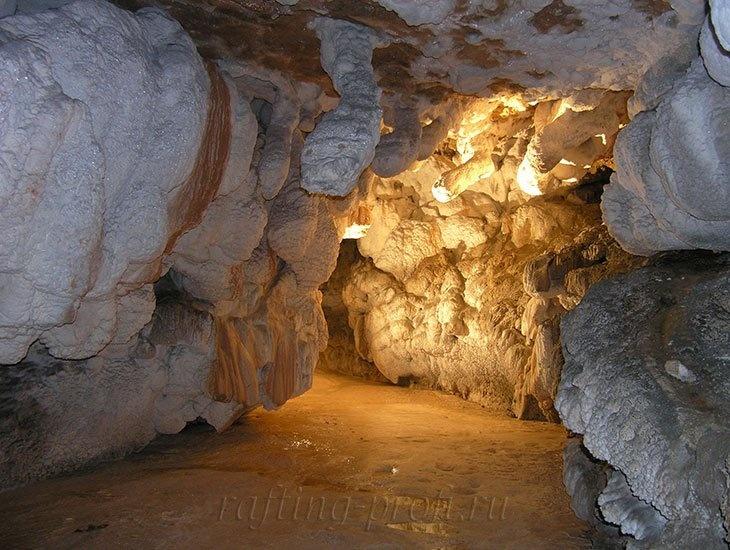 экскурсии из Краснодара «По диким пещерам» 21