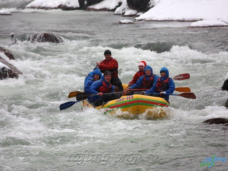 Рафтинг зимой по реке Белой 27